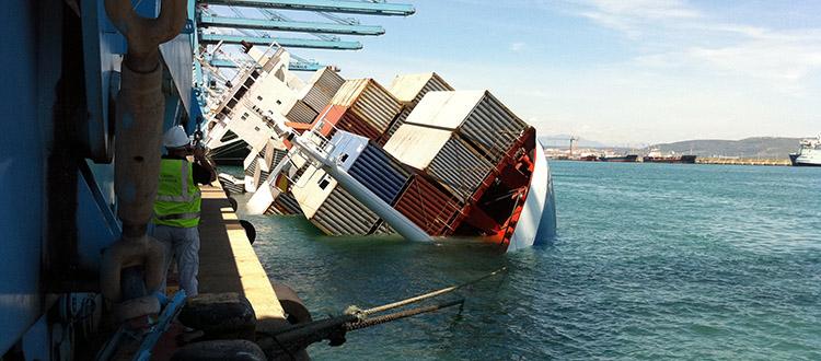 barco-escorado